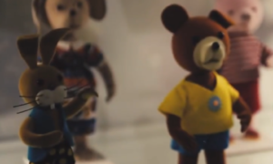 muzeum zabawek, zabawki, miś