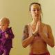 carlee benear, joga po ciąży, karmienie piersią