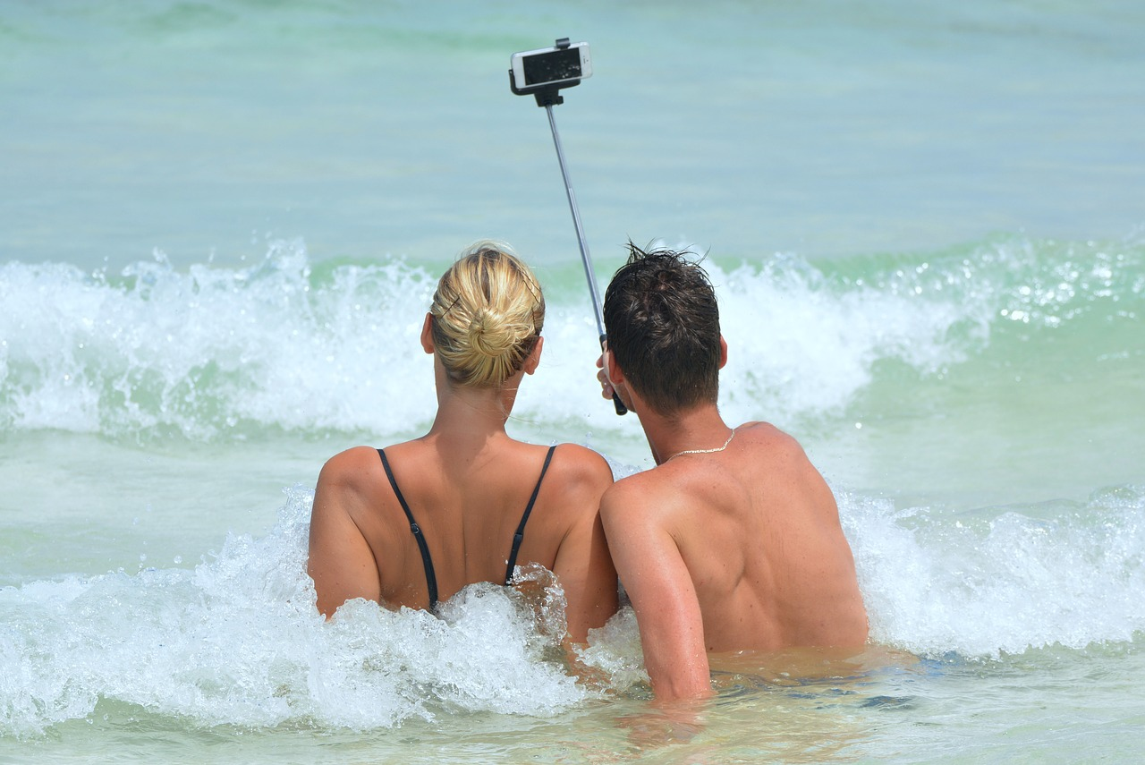 selfie, Selfitis,