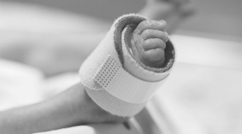 śmierć noworodka, martwy noworodek, nieletni rodzice