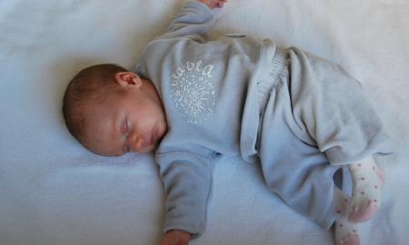 sids, śmierć dziecka, śmierć niemowlęcia, zespół nagłej śmierci łóżeczkowej