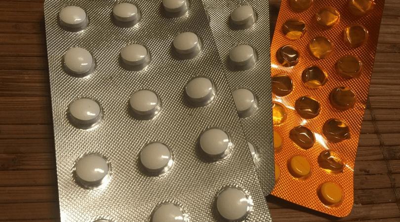 skutki uboczne leków, próba samobójcza, depresja przyczyny, lek na ból głowy