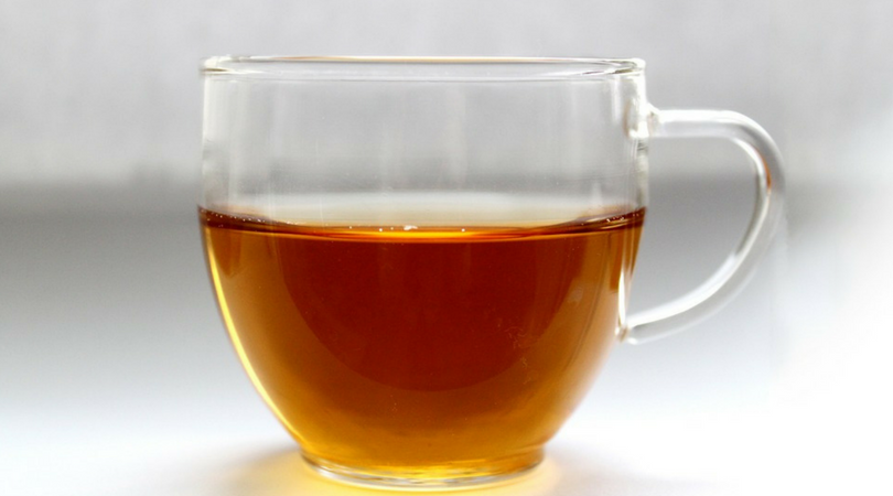 herbata, zielona herbata, mycie twarzy herbatą