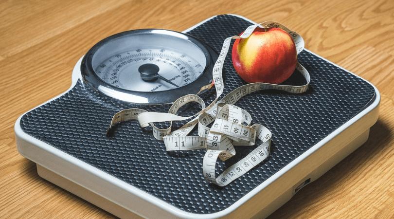 co jeść między posiłkami, zdrowe przekąski, dieta niskokaloryczna