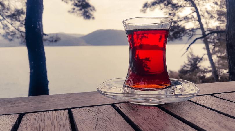 herbata z goździkami i pomarańczami, herbatki rozgrzewające, sposób na jesienną chandrę
