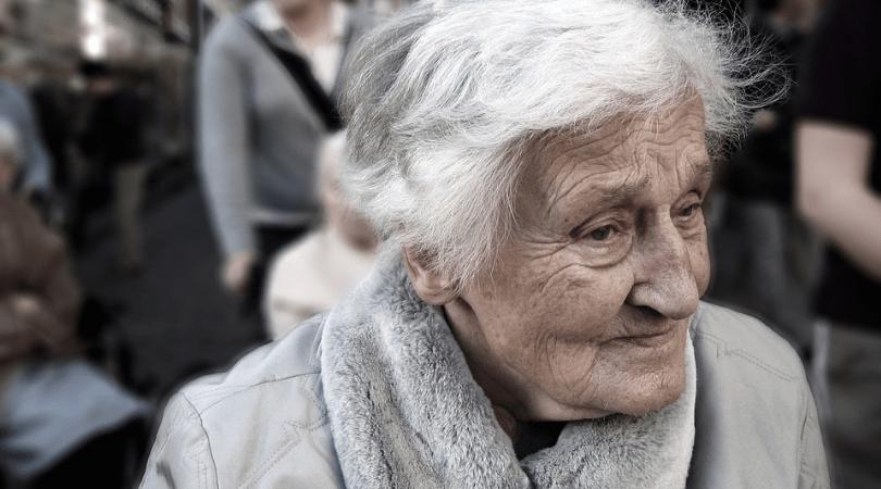 metoda na perfumy, sposoby okradania starszych ludzi, perfumy