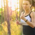 poranny trening, trening o poranku, aktywność fizyczna