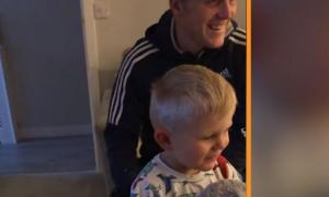 Finlay Strafford, wzruszająca reakcja chłopca, Youtube