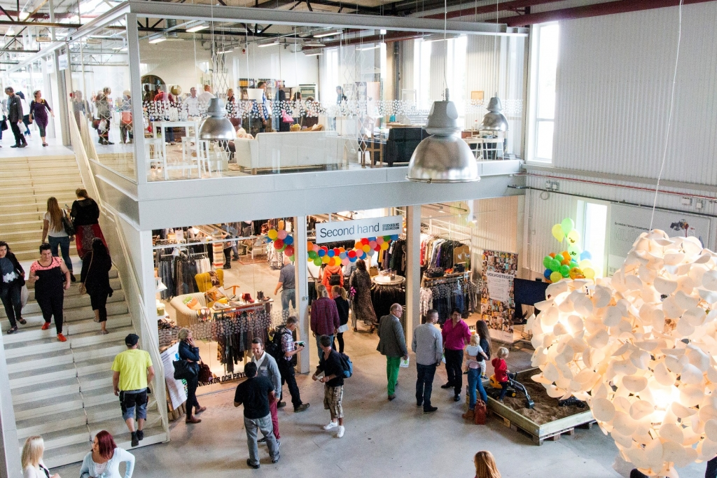 Retuna, centrum handlowe, szwecja
