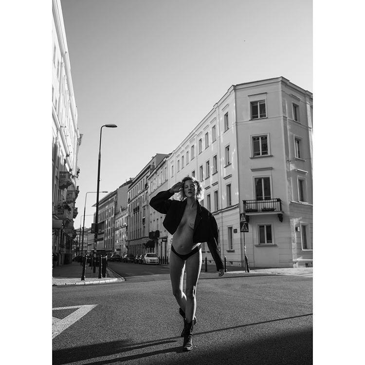 https://dzieckoifigura.pl/wp-content/uploads/2020/07/lara3.jpg
