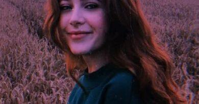 15-letnia Ania Dąbrówka nagrała piosenkę. Czy córka Natalii Kukulskiej odziedziczyła talent po mamie?